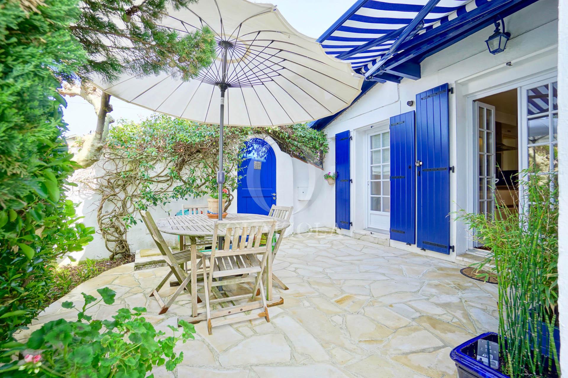 Vacances biarritz un choix unique de locations de for Piscine ustaritz