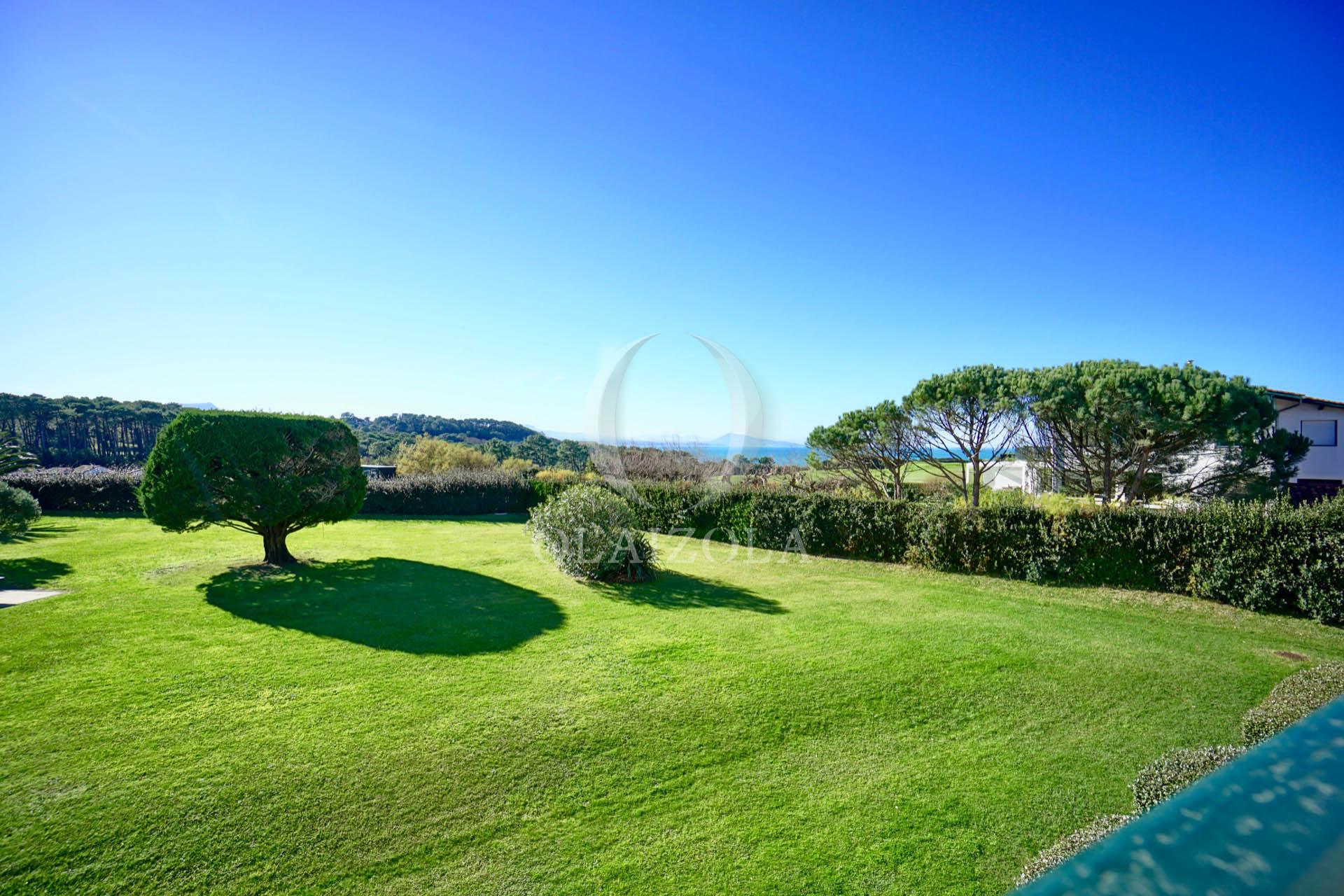 Location de vacances bidart duplex vue mer et golf for A portee de vue bidart